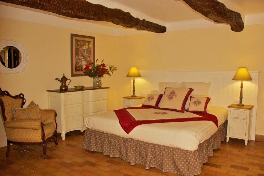 02 Room Gauguin
