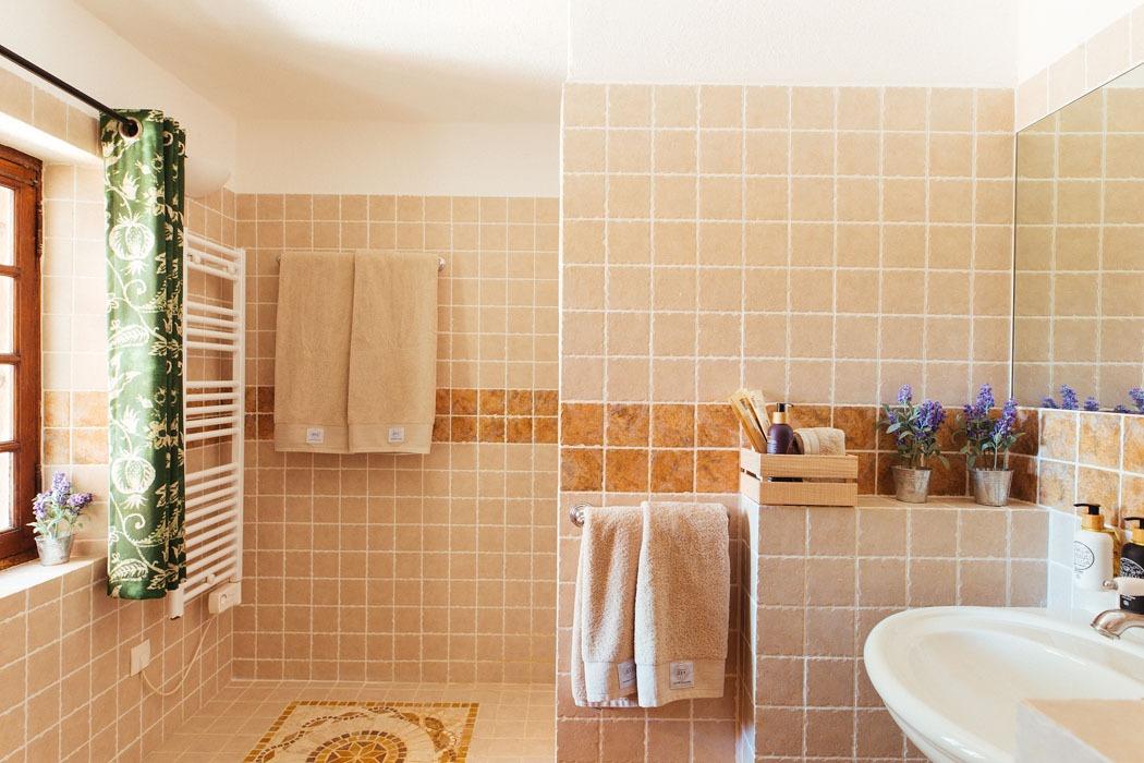 Cezanne Bathroom