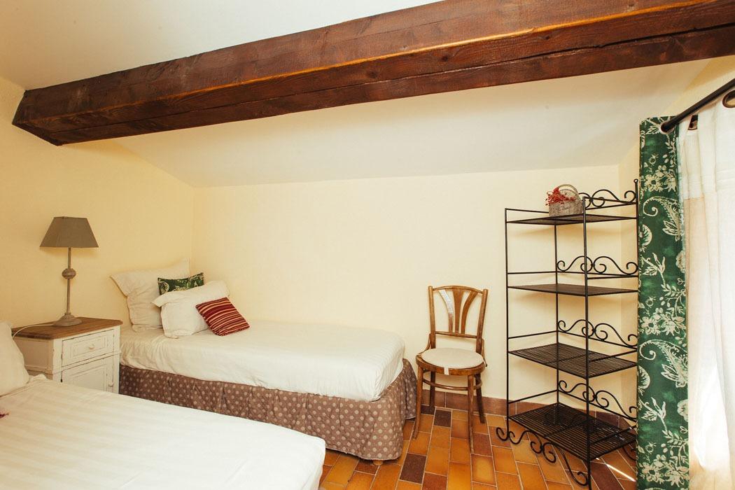 Cezanne Extra Room